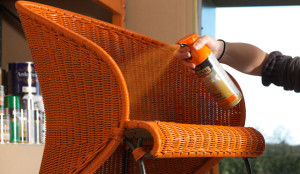 spray-painting-a-wicker-chair